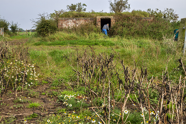 WWII Cheshire, Heswall - Civil Bombing Decoy Control Bunker (1)