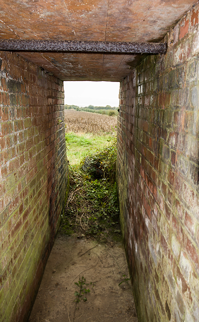 WWII Cheshire, Heswall - Civil Bombing Decoy Control Bunker (7)