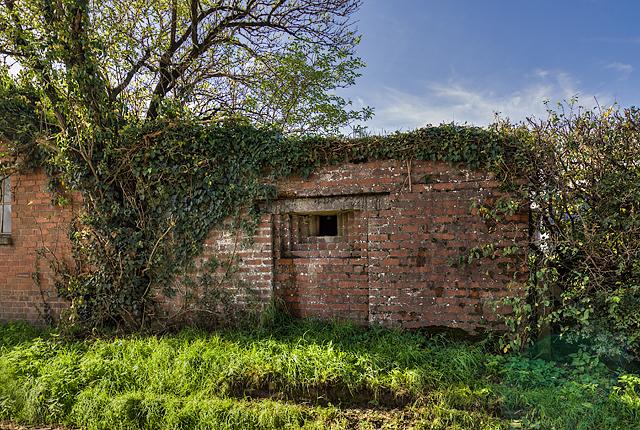 WWII Shropshire: RAF Rednal - pillbox (4)