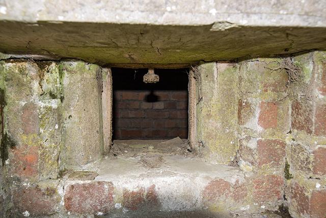 WWII Shropshire: RAF Rednal - pillbox (5)