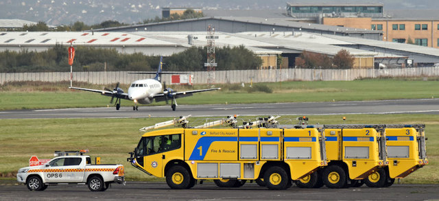 PH-FCI and fire appliances, Belfast City Airport (October 2017)