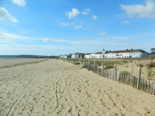 Beach and sea front houses/hotels, Swansea Bay