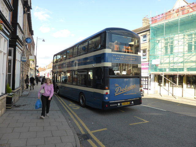 Bus and Scaffold
