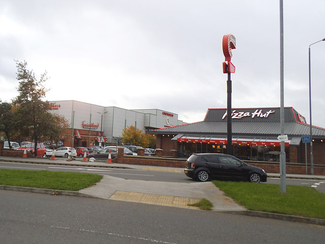 Westgate Retail Park Wakefield Stephen Craven Cc By Sa