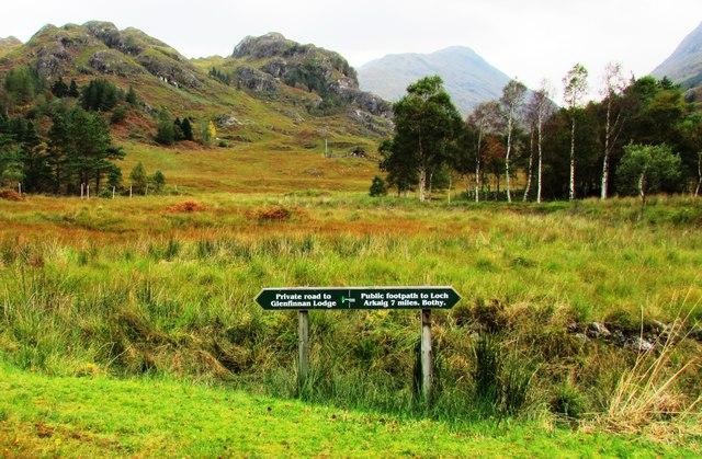Direction sign on Glen Finnan path