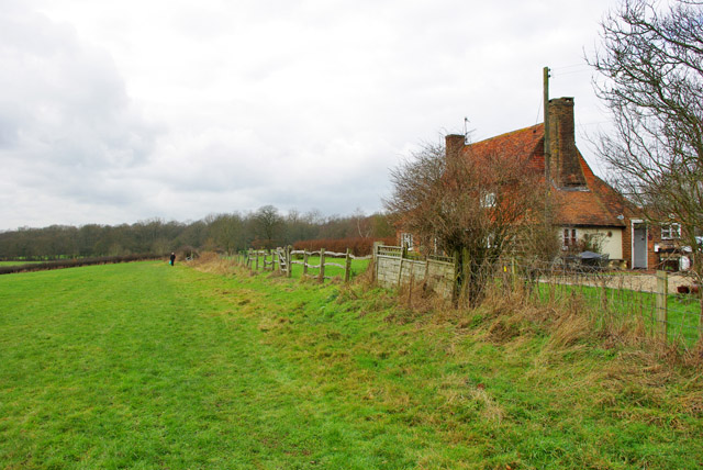 Footpath from Crowhurst church to Tandridge Lane