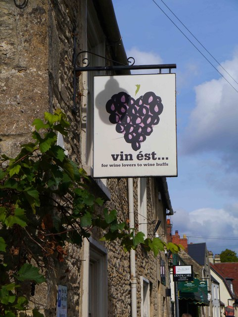 vin ést (2) - sign, Oak Street, Lechlade on Thames, Glos