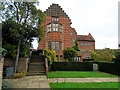 TQ4551 : Side view of Chartwell House by Paul Gillett
