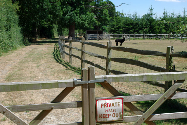 Private keep out at Tamworth Farm