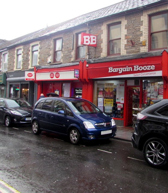Bargain Booze Select Convenience store, 59 Hannah Street, Porth