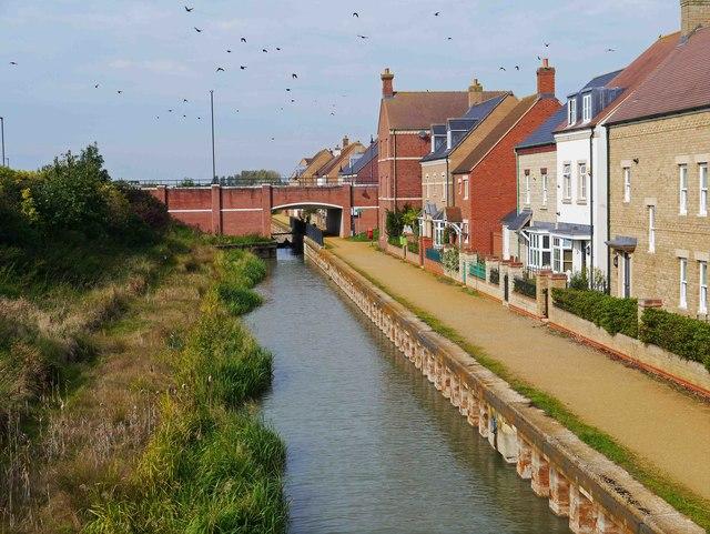 Wilts & Berks Canal adjacent to Mattocks Path, East Wichel, Wichelstowe, Swindon