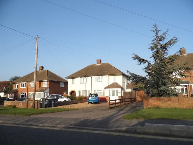 Houses on High Road, Cotton End