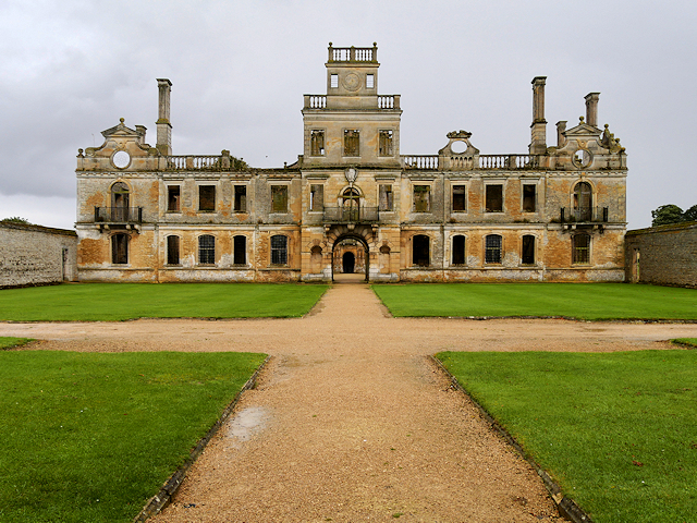Forecourt and North Front, Kirby Hall