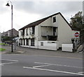 SS9992 : The Welcome Inn, Tonypandy by Jaggery