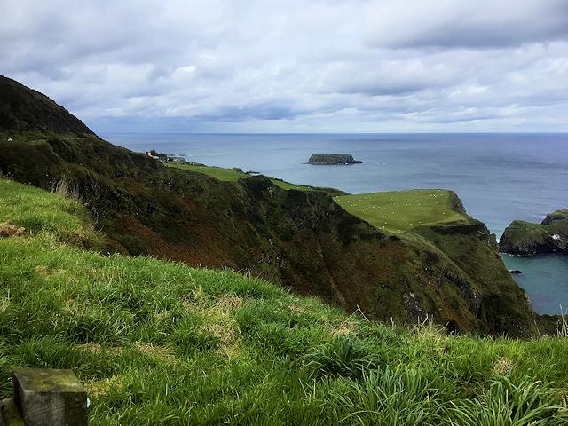 Cliffs at Portaneevy