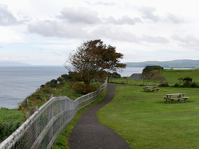 Cliff Path and Picnic Area at Portaneevy