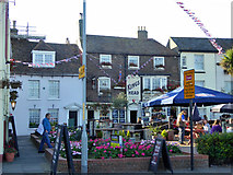 TR3752 : The Kings Head, Deal by Robin Webster