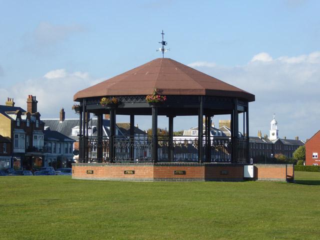 Memorial bandstand, Walmer Green