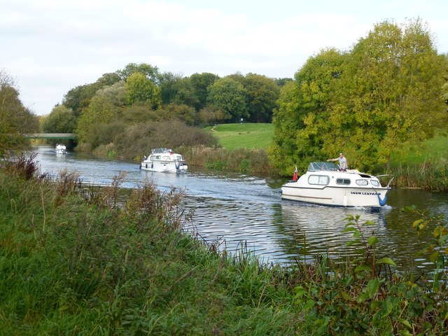 Boating on the River Nene near Thorpe Wood Golf Course