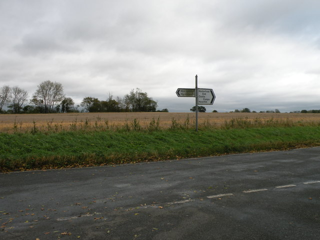 Road junction near Shudy Camps