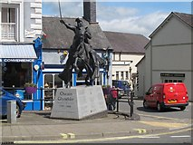 SJ0743 : Owain Glyndwr statue, Corwen by Stephen Craven