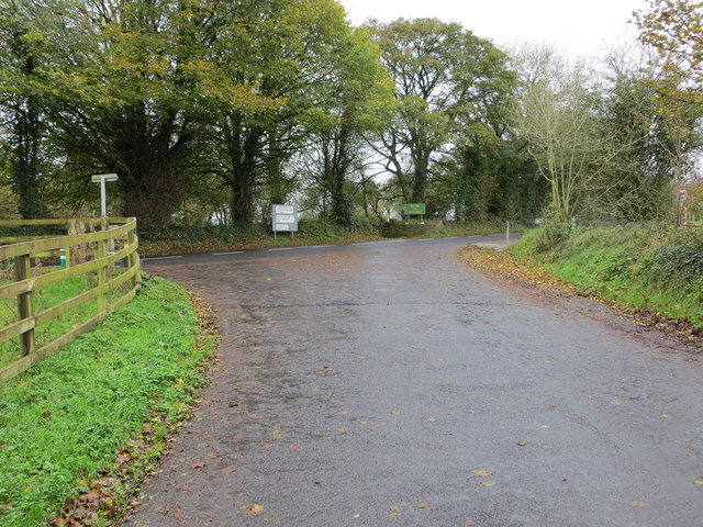 Local Road L1577 joining Regional Road R513 on the outskirts of Ballylanders