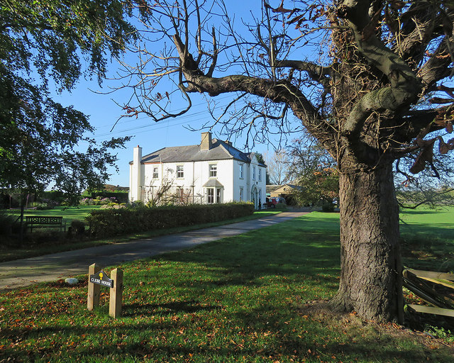 Hinxworth: Glebe House