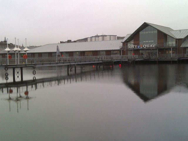 City Quay, Victoria Dock