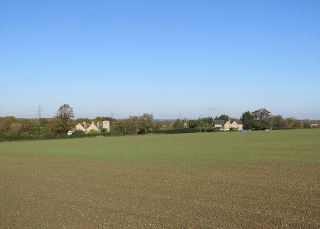 Down the hill to Caldecote