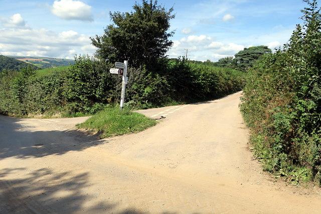 Green Lane Meets the Ridgetop Road