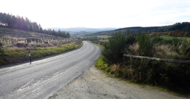 B933 downhill to Torphins