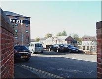 SK7953 : Thorpe's Warehouse, Millgate, Newark on Trent, Notts. by David Hallam-Jones