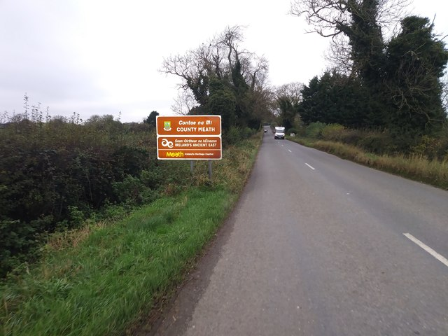 Crossing from Louth into Meath