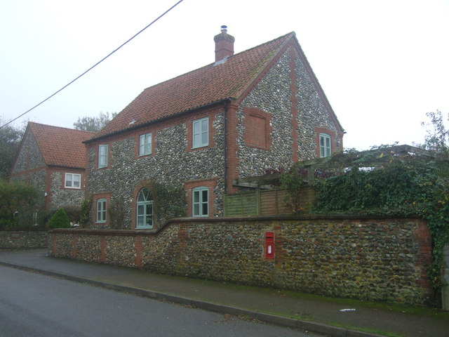 Cottage on The Street, Syderstone