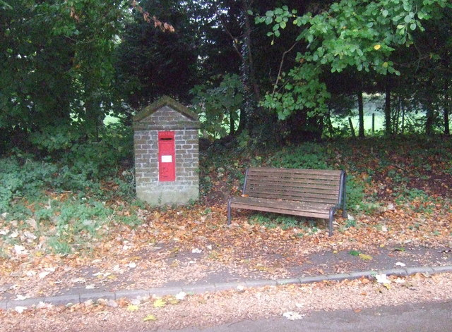 Victorian postbox on Docking Road, Fring