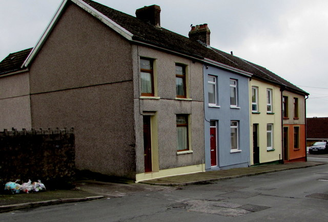 Row of four houses, Weston Terrace, Edmondstown