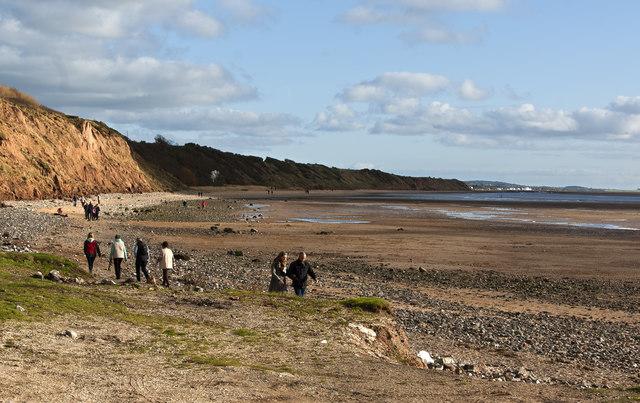 The shoreline towards Parkgate