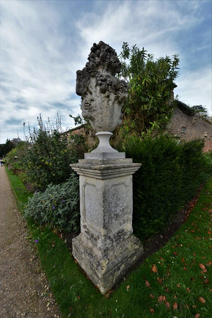 Polesden Lacey: Urn on the outside corner of the walled rose garden
