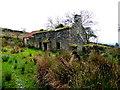 H5384 : Ruined farmhouse, Glenmacoffer by Kenneth  Allen