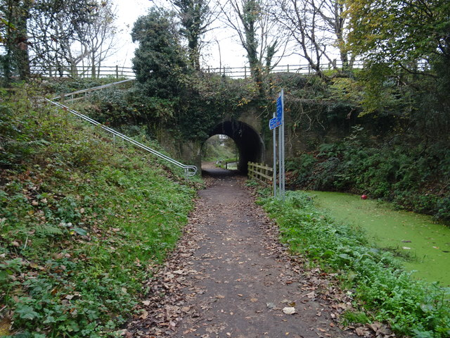 Along the cycle path