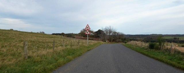 Approaching a Z-bend on minor road
