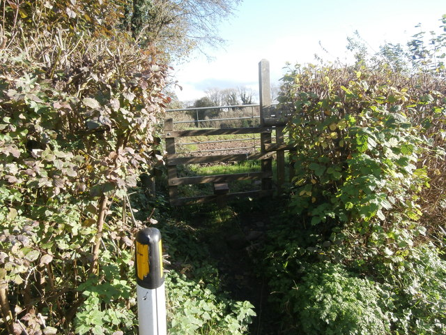 Stile to footpath, Groesfaen