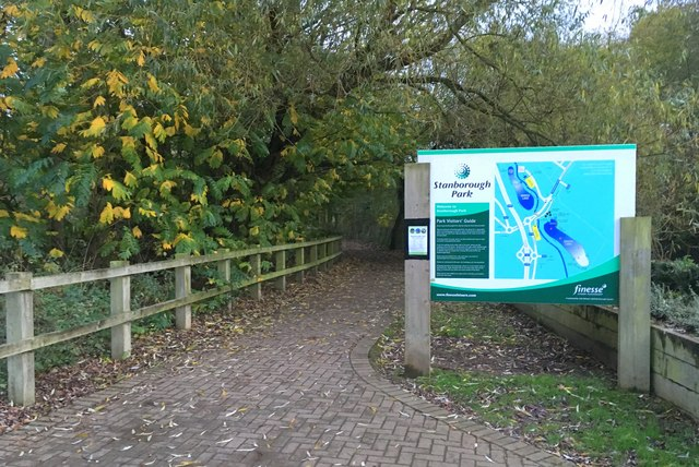Path round the lake at Stanborough Park