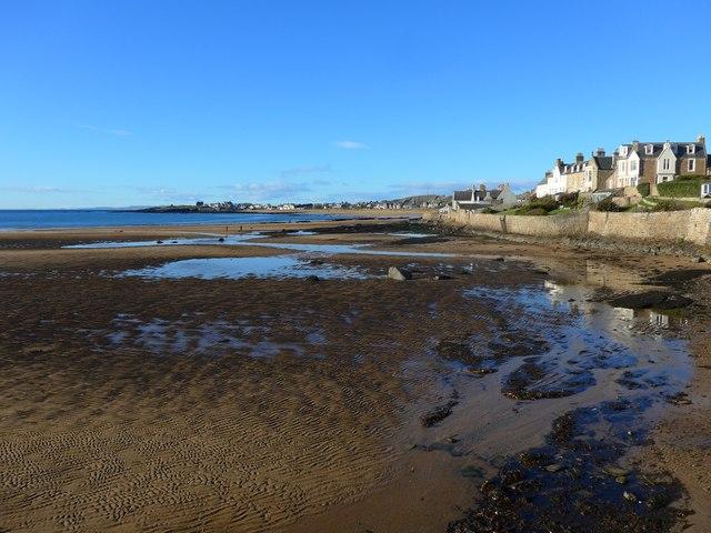 Elie Harbour near low tide