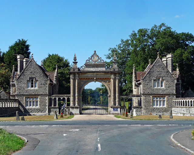Lodges and gateway, Englefield