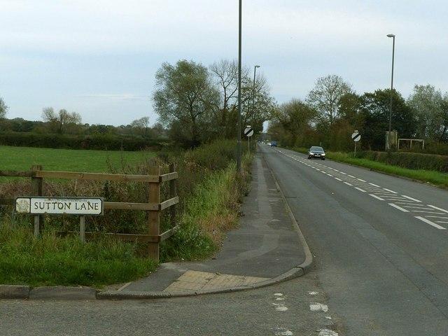 Former A516 Derby Road near Hatton Salt Box