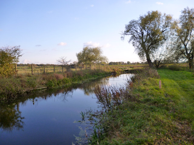 Small dock off River Great Ouse