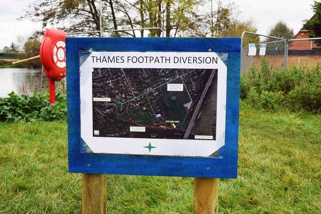 Thames Footpath diversion sign, Gossmore Recreation Ground, Marlow, Bucks