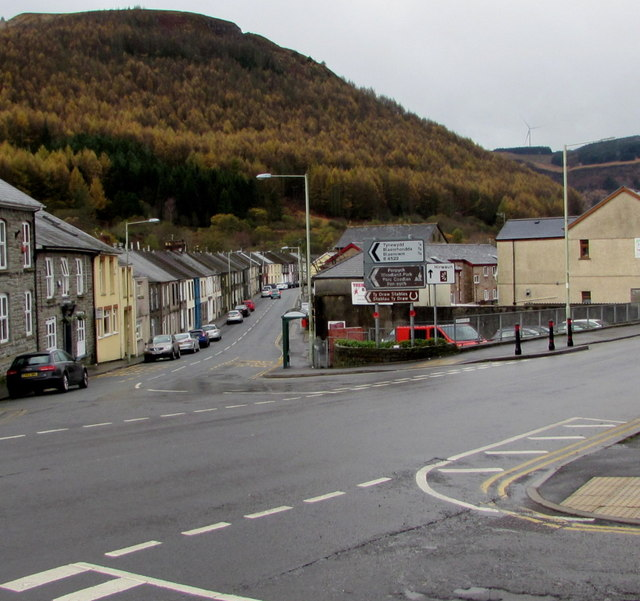 Junction of the A4061 and B4522 in Treherbert