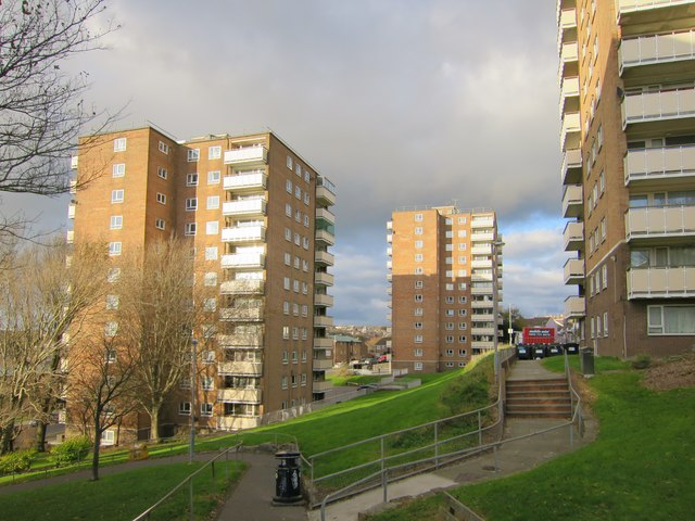 Normanhurst and Highleigh tower blocks